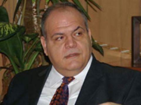 نتيجة بحث الصور عن عمرة سالم وزير الاتصالات السورية الاسبق